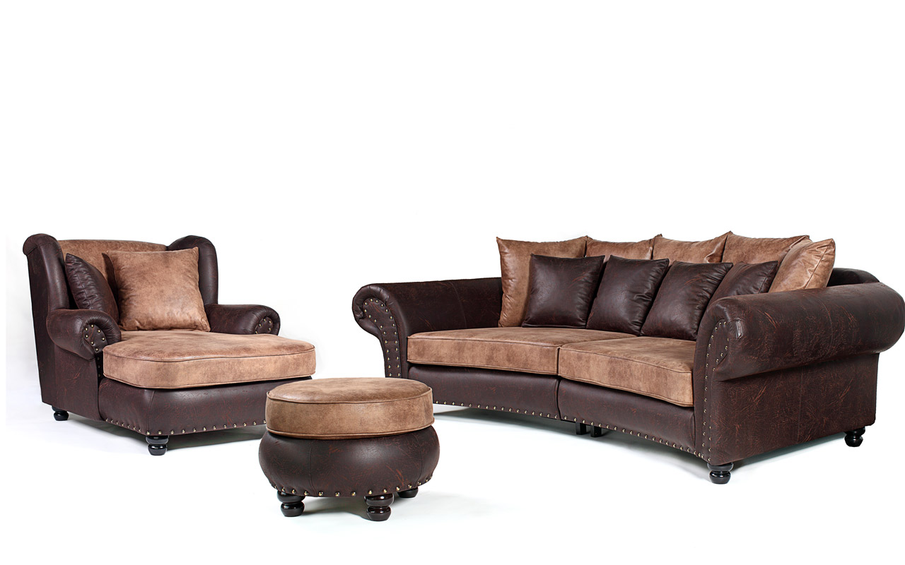 sofagarnitur im kolonialstil mit mega ohrensessel und hocker livingcomfort. Black Bedroom Furniture Sets. Home Design Ideas